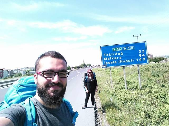 Sınır Kapısı - Otostopla seyahat - otostopla yolculuk